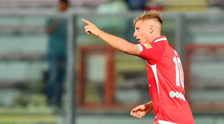 Serie B: Crotone-Foggia 4-1, Perugia-Ascoli 2-0 e Lecce-Salernitana 2-2