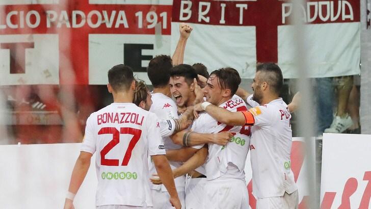 Calciomercato Padova, rinnovo fino al 2020 per Chinellato