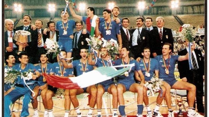 Volley: i Campioni del Mondo del '90 e '94 insigniti con il Collare d'Oro