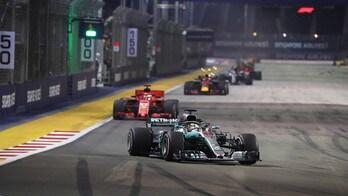 F1 Singapore, assolo di Hamilton che domina e vince, Vettel 3°