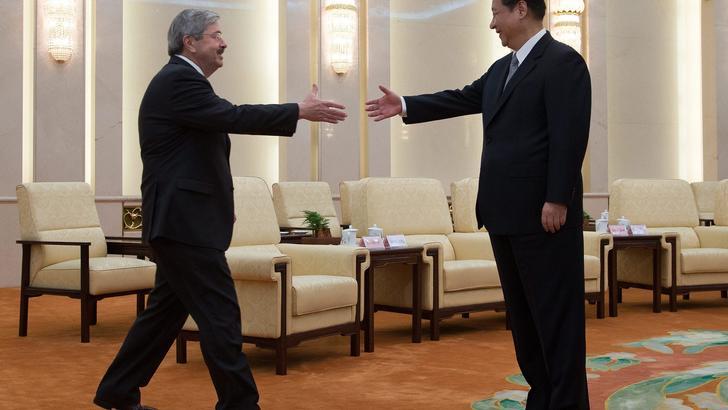Cina convoca ambasciatore Usa