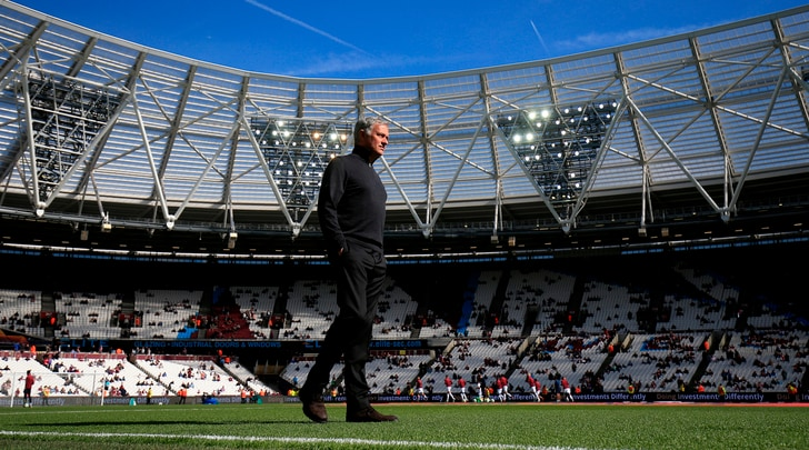Il Sun: «United, Mourinho ha una settimana di tempo per evitare l'esonero»