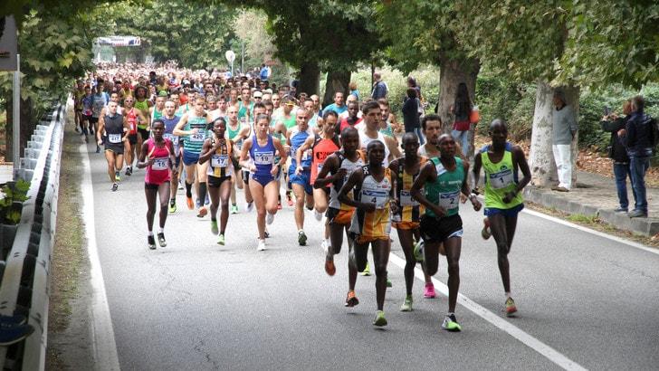 Aquadventure Park Mezzamaratona del VCO, gli atleti Keniani dominano la gara