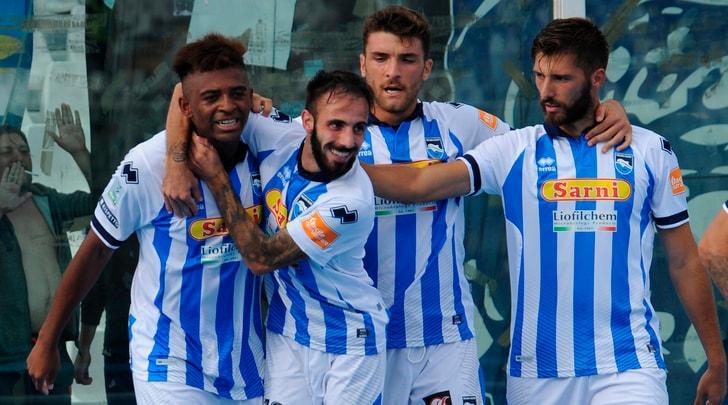 Serie B, il Pescara batte il Benevento e si prende la vetta. Pareggia la Cremonese, crolla il Venezia