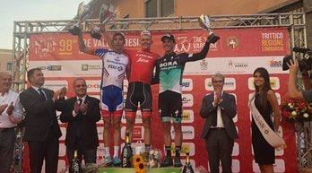 Tre Valli Varesine, vince Skujins su Pinot. Nibali attacca, poi chiude col gruppo