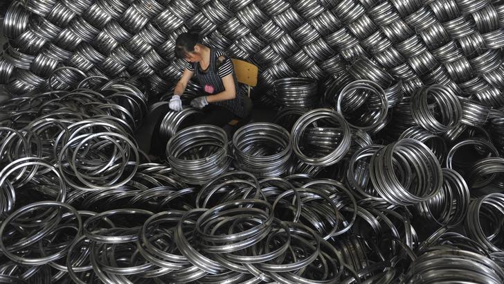 Cina, vola surplus commerciale con Usa