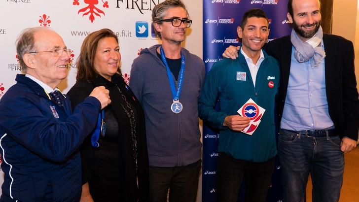 Svelata la medaglia della Asics Firenze Marathon