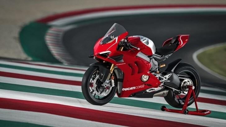 Ducati Panigale V4 R 2019: 221 cv di Superbike