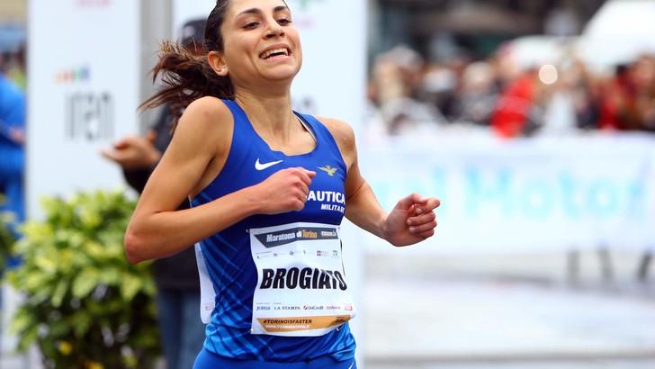 E' terza alla Maratona di Torino l'esordiente Sara Brogiato