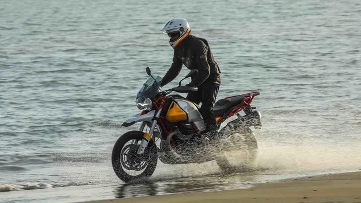 Moto Guzzi V85 TT: un'avventura italiana