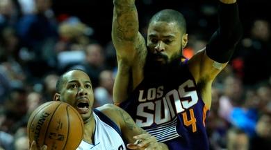 NBA, è ufficiale: Tyson Chandler ai Los Angeles Lakers