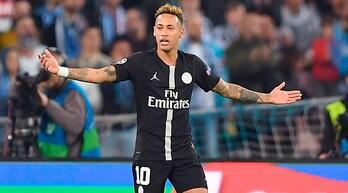 Neymar: «A Napoli l'arbitro ci ha mancato di rispetto»