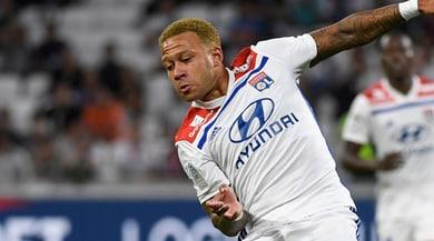 Ligue 1, il Lione vince 4-2 a Guingamp: Depay show, la doppietta di Thuram non basta