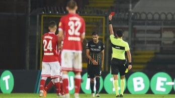 Serie B, fermati otto calciatori per un turno. Ammende a Crotone e Cosenza