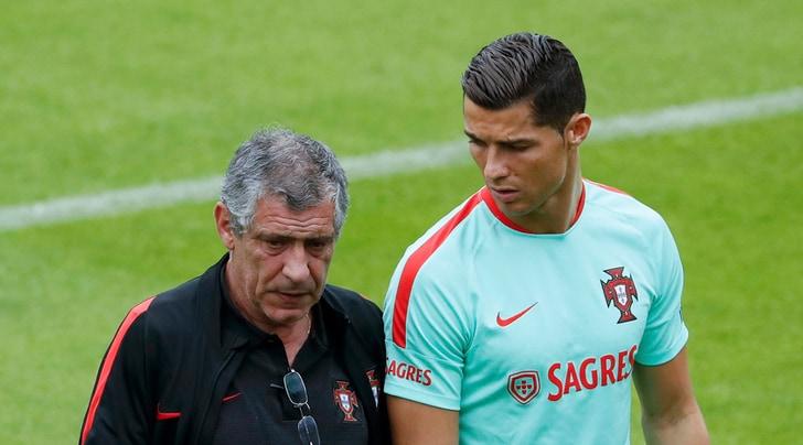 Portogallo, Santos:«Torna Ronaldo? Forse a marzo... E merita il Pallone d'Oro!»