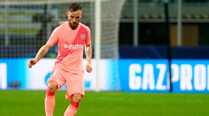 Barcellona, infortunio per Rakitic: possibile stop di 2-3 settimane