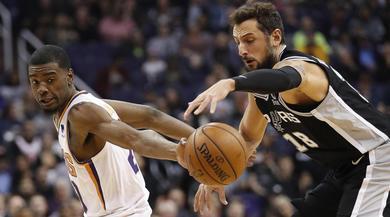 NBA, senza Curry è crisi Golden State: ko anche a San Antonio. Lebron show, 51