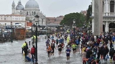"""Gli """"Eroi della Huawei Venicemarathon"""" , in 1100si sono già iscritti per la prossima edizione"""