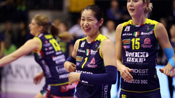 Volley: A1 Femminile, Miyu Nagaoka torna a curarsi in Giappone