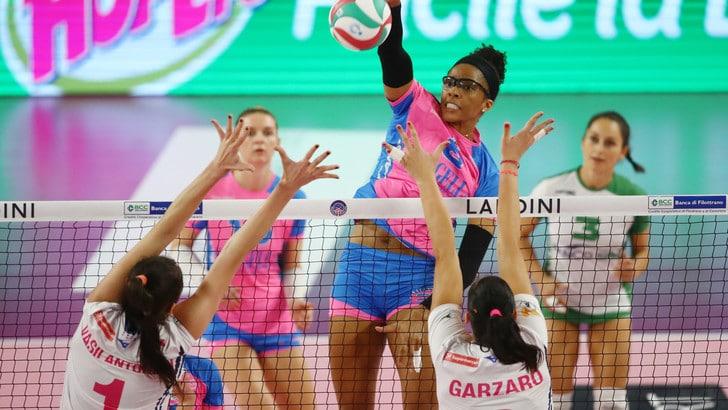 Volley: A1 Femminile, Novara soffre ma espugna Busto