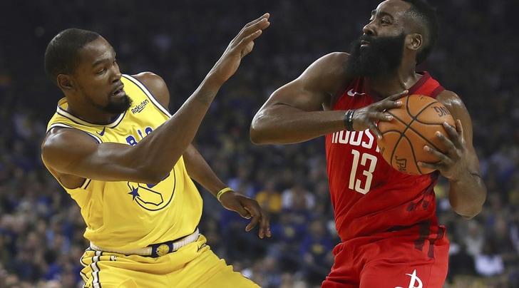 Nba, inarrestabile Harden: 44 punti e tripla vincente nel successo sui Warriors