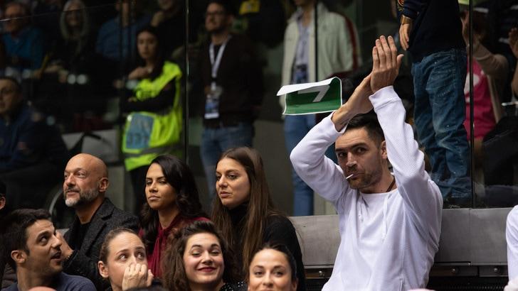 Basket, Serie A: i tifosi della FIAT Torino acclamano Delfino