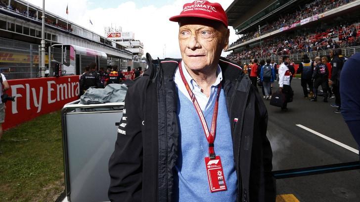 F1, complicazioni per Lauda: ospedale rinvia dimissioni
