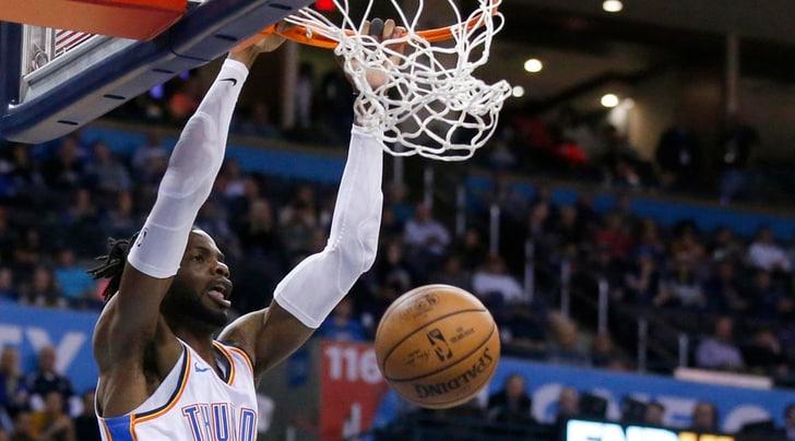 NBA, la schiacciata di Wiggins manda Noel all'ospedale