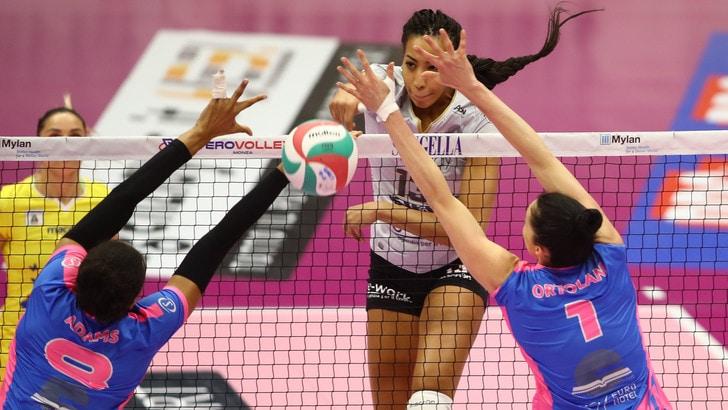 Volley: A1 Femminile, Busto vince al tie break a Monza