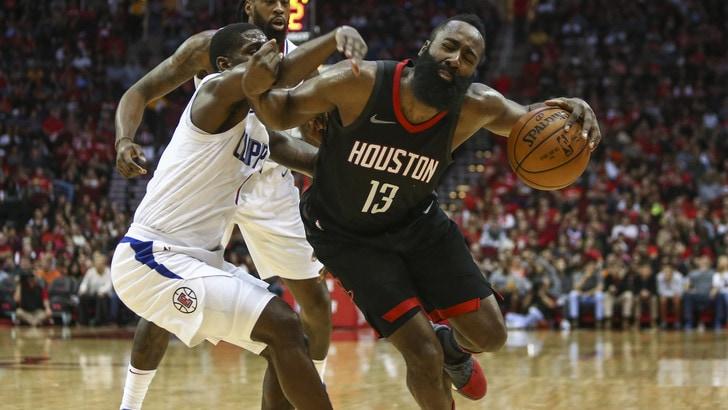 NBA, show tra 76ers e OKC. Harden inarrestabile: altri 48 punti