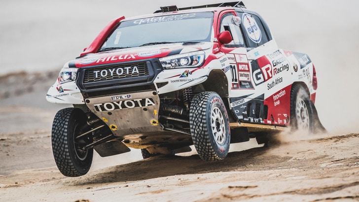 Dakar, tappa 9 auto e moto: Al-Attiyah, mani sulla corsa, moto al fotofinish