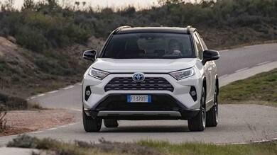 Toyota RAV4, il test su strada