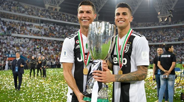 Juventus, Cancelo: «Ronaldo il migliore al mondo, fa la differenza»