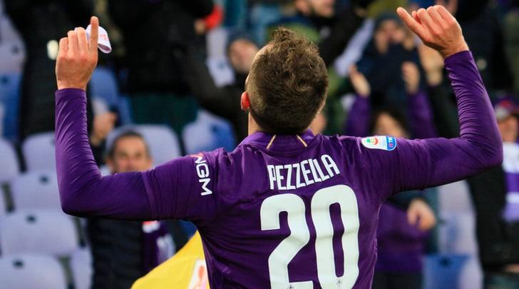 Pezzella riprende la Sampdoria: 3-3 spettacolare con la Fiorentina. 1-1 Spal-Bologna