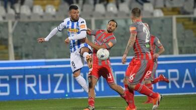 Serie B, polveri bagnate all'Adriatico: Pescara-Cremonese termina 0-0