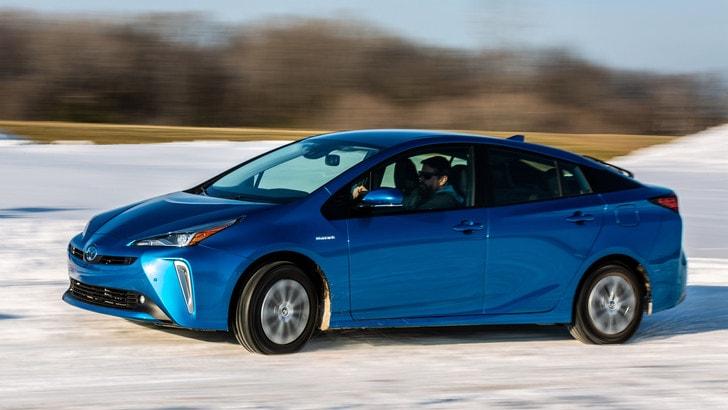 Toyota Prius AWD-i, quella integrale per l'Italia