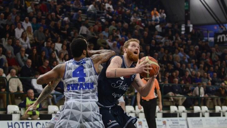 Basket, Serie A2: Ferrara avanti con Bonacina