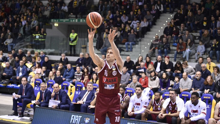 Basket, Champions League: Venezia passa all'overtime e conquista i play off, ko Avellino