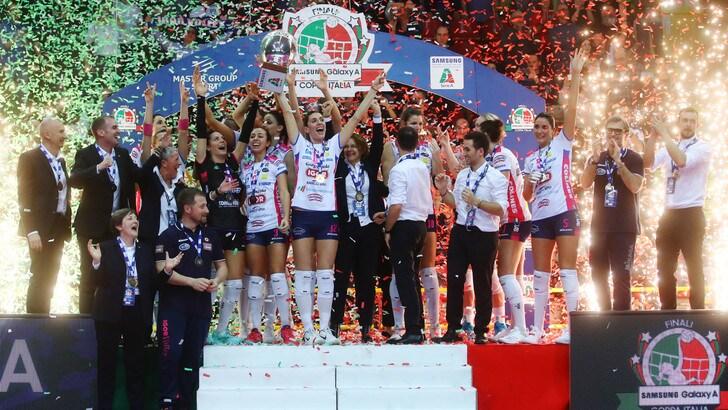 Volley: Coppa Italia A1 Femminile, la alza Novara per il secondo anno consecutivo