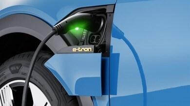 Audi e-tron, due tariffe dedicate per la ricarica