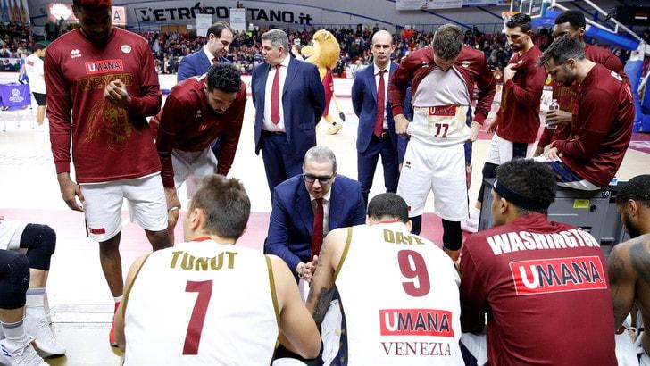 Basket Champions League, Venezia batte Friburgo e chiude al secondo posto nel girone