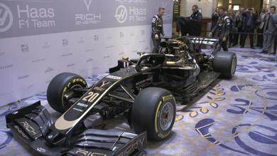 Svelata la nuova Haas: nera con inserti dorati