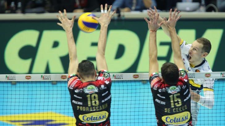 Volley: Coppa Italia, Perugia è troppo forte per Modena, in finale ci vanno i Block Devils