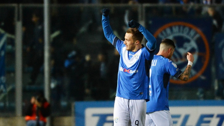Serie B Brescia-Carpi 3-1, le Rondinelle si riprendono la vetta
