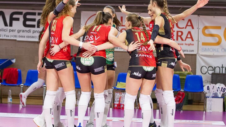 Volley: A2 Femminile, Pool Salvezza: i primi tre punti li incassa Montecchio