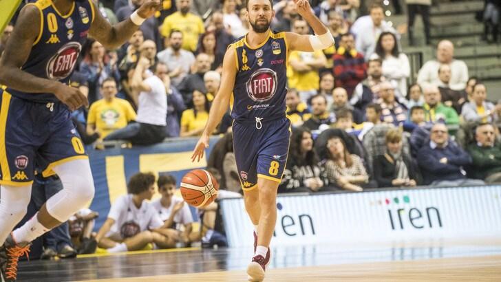 Basket Serie A, due vittorie di fila per la FIAT Torino. Milano travolge Pesaro