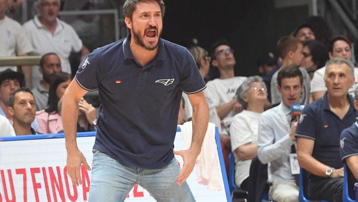 Basket Serie A, Banco di Sardegna: Esposito si dimette, c'è Pozzecco