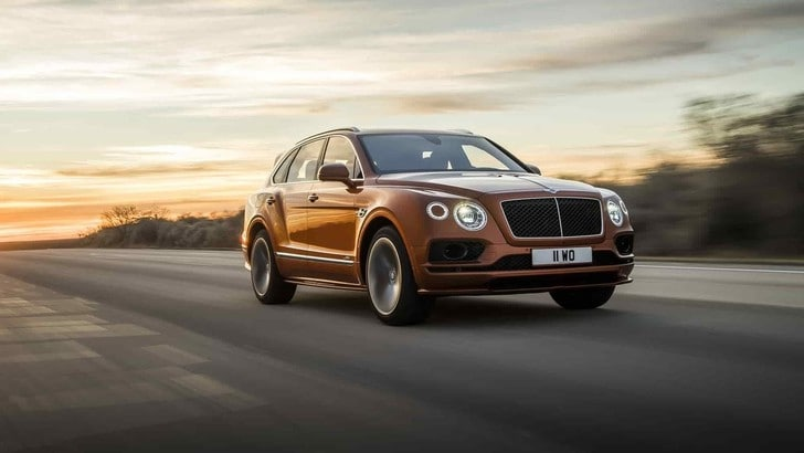 Bentley Bentayga Speed a tutta velocità