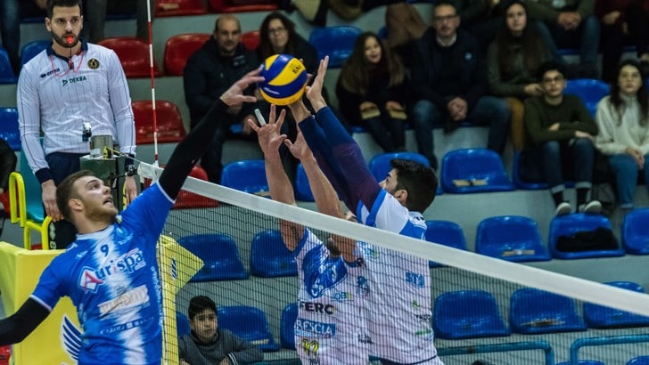Volley: A2 Maschile, Girone Bianco, le big si fermano