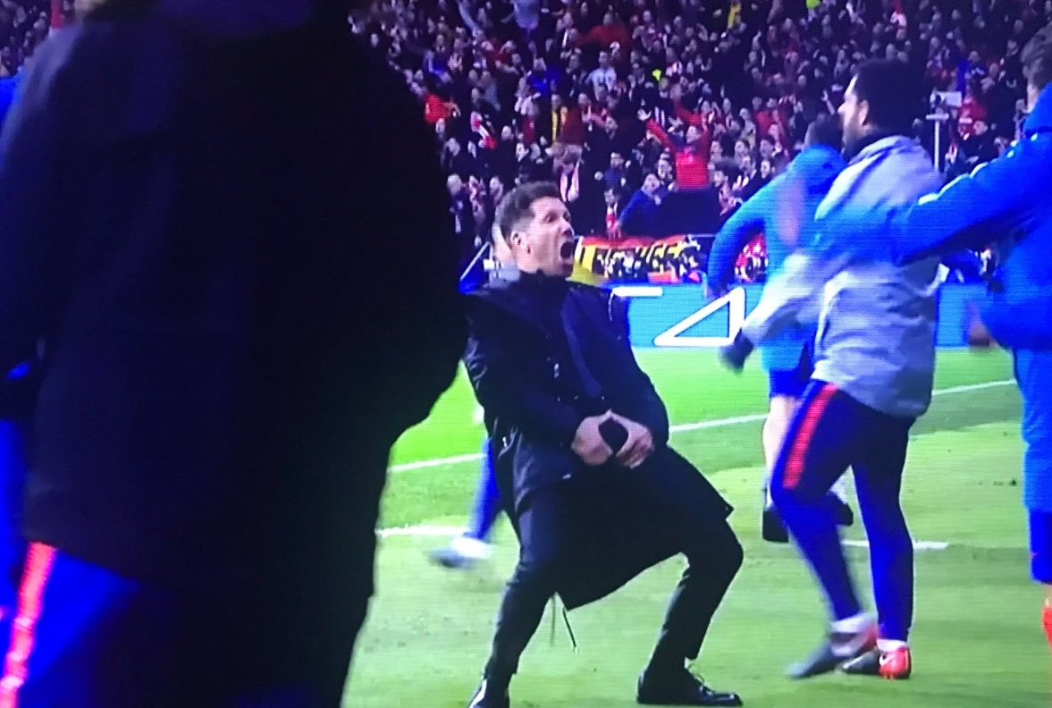 Atletico-Juventus, il gestaccio di Simeone dopo il gol dell'1-0